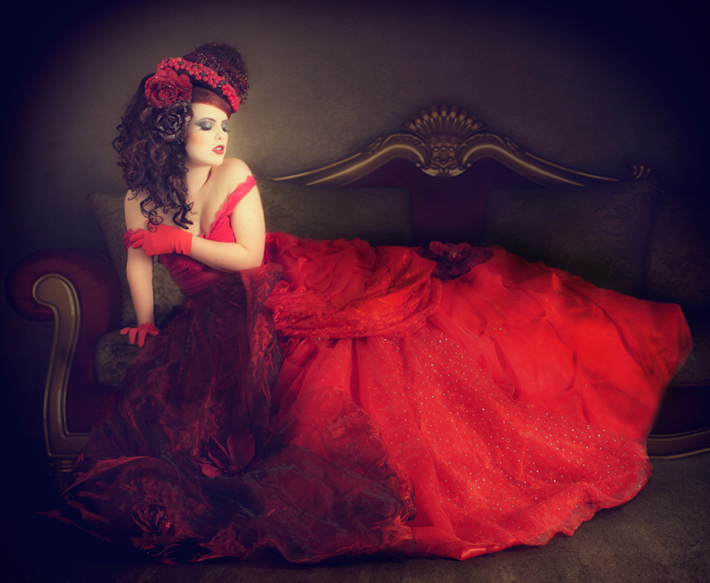 Lady in Red by Heike Suhre